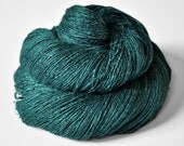 Giant clam closing forever - Tussah Silk Lace Yarn