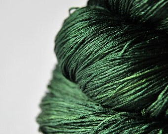 Lost in the forest - Silk Lace Yarn - Knotty skein - LSOH