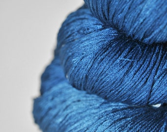 Ground sapphire - Silk Lace Yarn - Knotty skein