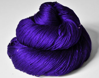 Memory of a fearsome tale - Silk Lace Yarn - knotty skein