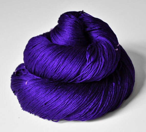 Memory of a fearsome tale - Silk Yarn Lace weight