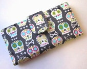 Handmade women's wallet Bone head Skulls - Pick the color of the pockets