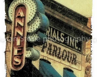 Annie Parlour, fine art photo, U of M, wall decor, home decor, office art, Minneapolis, Minnesota, textured edge,
