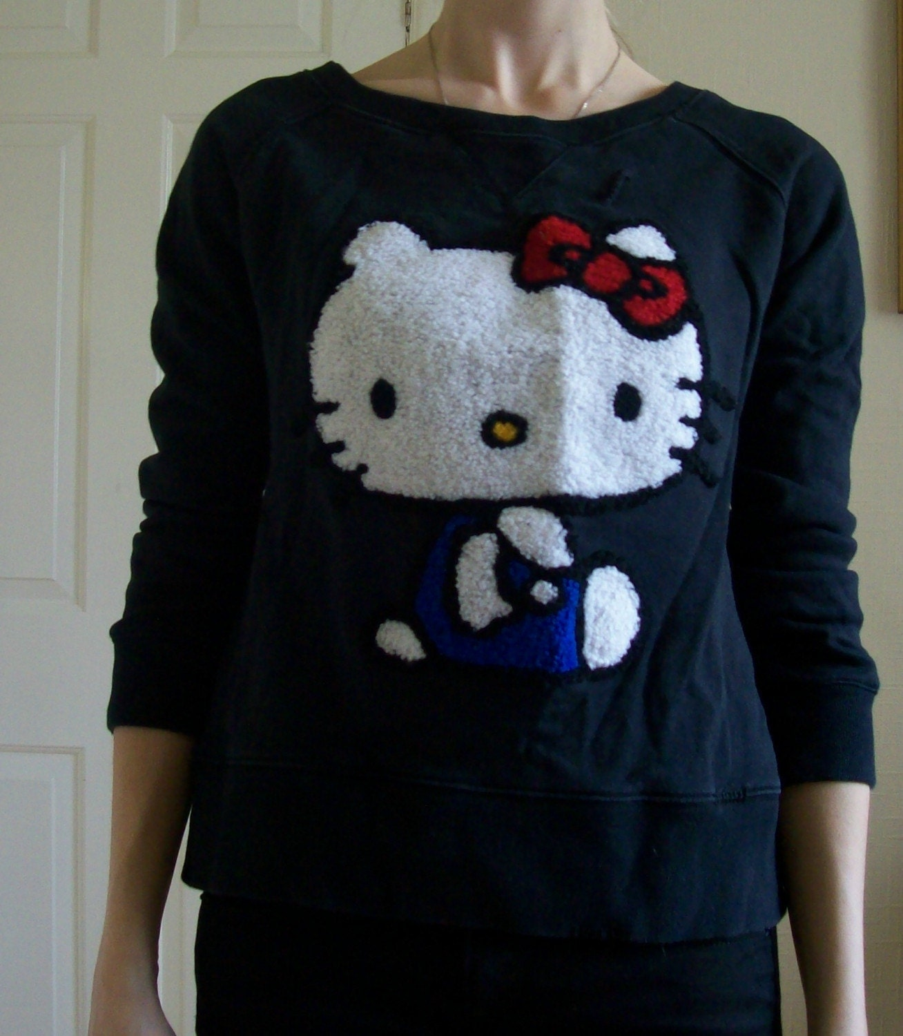 Knitting Pattern For Hello Kitty Sweater : Super cute hello kitty sweater xs-s by holymess on Etsy