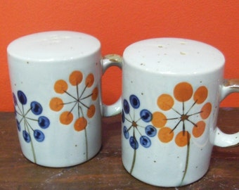 Vintage Ceramic Salt and Pepper Shakers - Hand Painted