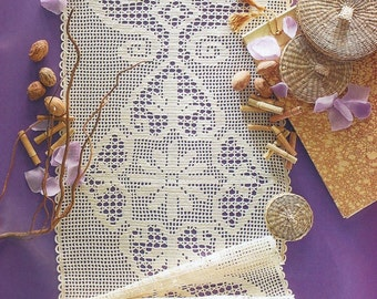 Crochet Table Runner - Sandy