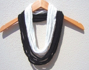 Hand Crochet Lariat Scarf, Black And White,Long Scarf, Spring Fashion, Motherday Gift, Infinity Chain Scarf