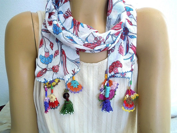 floral scarf with crochet edging