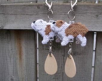 Bulldog dog art decor hang anywhere crate tag decorative display, Choose your color, Magnet option, English bulldog