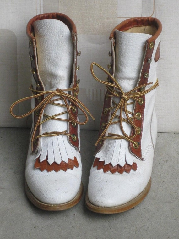STORE WIDE SALE two-toned lace up western riding boots with kiltie. US6.5