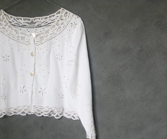 vintage 80s cutwork cropped blouse white