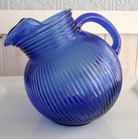 ART DECO-Hazel Atlas Cobalt Blue Glass Tilt Ball Pitcher