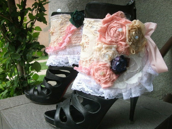 cuffs, spats, ankle cuffs, shoe accessoires, marie antoinette,bohemian, bridal, let them eat cake, roses, shabby chic,bib,romance,victorian