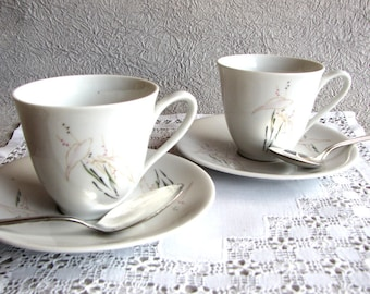Pair Pre-WWII Hutschenreuther Porcelain Demitasse Cups & Saucers