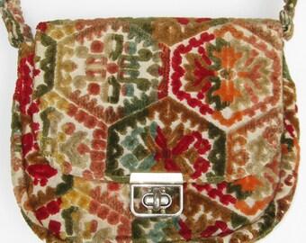 Vintage 60s Tapestry Carpet Boho Hippie Purse Hand Bag