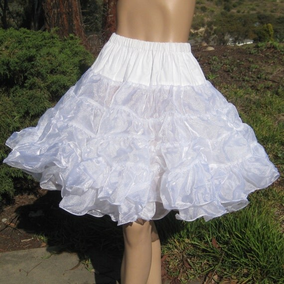 Vintage 50s Snow White Moulin Rouge Can Can Dance Hall Girl Ruffled Nylon Full Circle Skirt Crinoline Petticoat