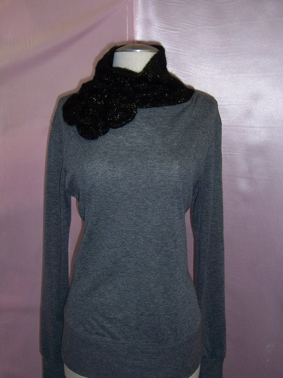 Turtleneck gray top with roses decoration plus made in USA (v106)