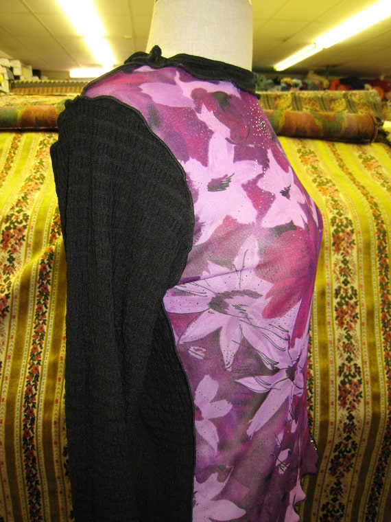 Purple color see through floral print top with black color long sleeves and black color in the back side (v128)