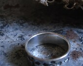 unisex sterling silver band with stamped crosses size 10.5