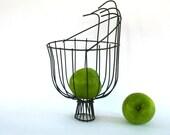 Vintage Industrial Wire Basket. Metal Apple Picking Basket. Modern Alternative Cornucopia. Farmhouse Thanksgiving Table Decor. Vestiesteam.