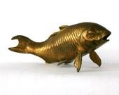 Vintage Brass Fish Figurine. Koi Fish. Brass Paperweight. Nautical Home Decor. Vestiesteam. tbteam.