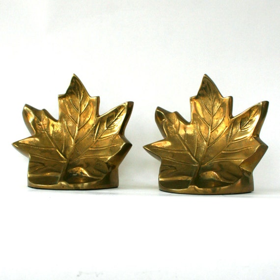 Bookends. Brass Leaf Bookends. Spring Home Decor. Desk. Office. Library. Study. Mid Century. Rustic. Autumn. Fall. Paperweight. Vestiesteam