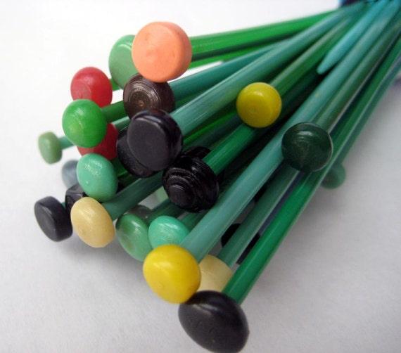 Vintage Knitting Needles : Vintage knitting needles destash green plastic bakelite
