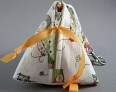 Pacifier Pyramid/Coin Purse/Jewelry Bag/Small Item/Gift PouchTriangle Pod Pouch