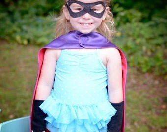 Childrens Superhero Basic 3 SET - Includes double sided blank 2 color superhero cape - power cuffs - superhero mask