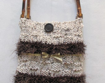 READY TO SHIP : Knit, Hand bag/ purse, hand knitted, made of an ivory heather yarn with brown  accents and bamboo handles