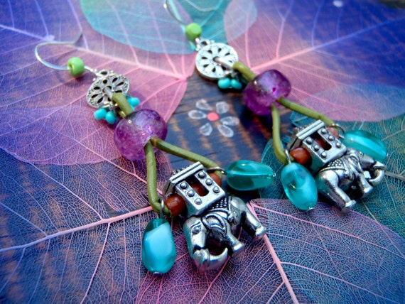 LUCKY ELEPHANT pair of earrings with leather and beads