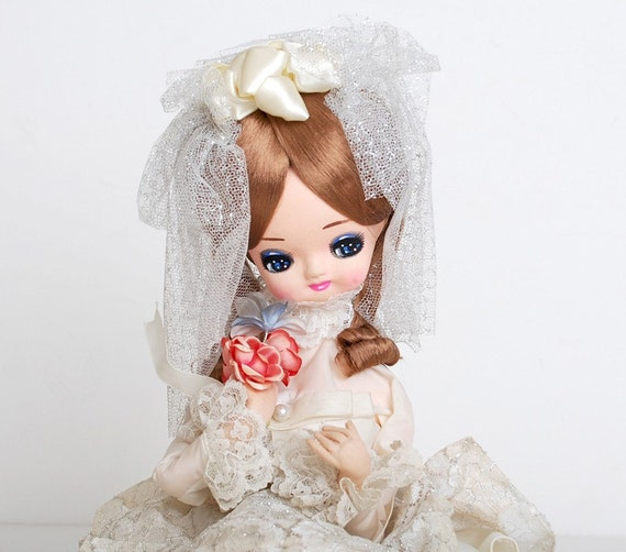 Vintage 60's Bradley Pose Doll Bride