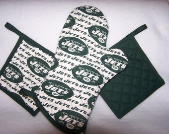 NFL New York Jets Tailgate Set, Oven Mitt and Pot Holders