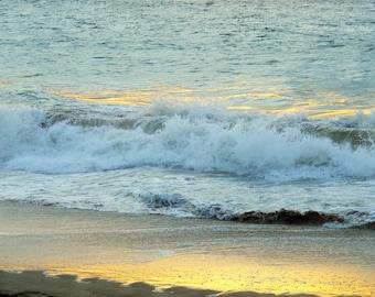 Maui  Sun Reflecting on the Waves     Item P-9