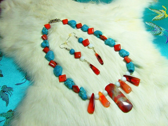 Carnelian Agate and Turquoise Nugget Necklace   Item 07-33