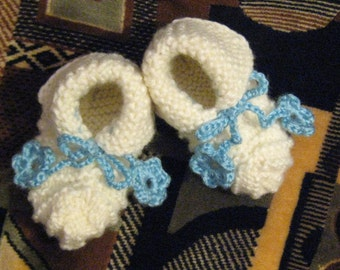 NEW Handmade knit  Ecru (off white) BABY BOOTIES, wool/acrylic blend