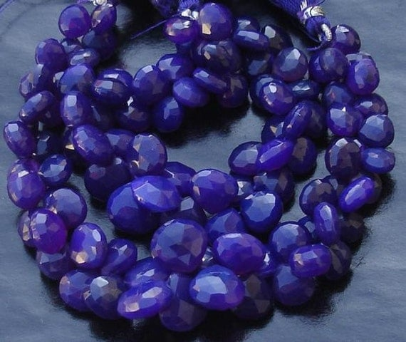 Brand New,6 Inches Strand, Rare Amethyst Purple Chalcedony Faceted Heart Briolettes,8-10mm Long size,GORGEOUS.
