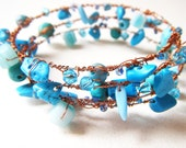 Bracelet Memory Wire Beads in Blue with Turquoise Nuggets