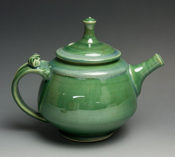 Jade green porcelain two cup plus teapot - 407