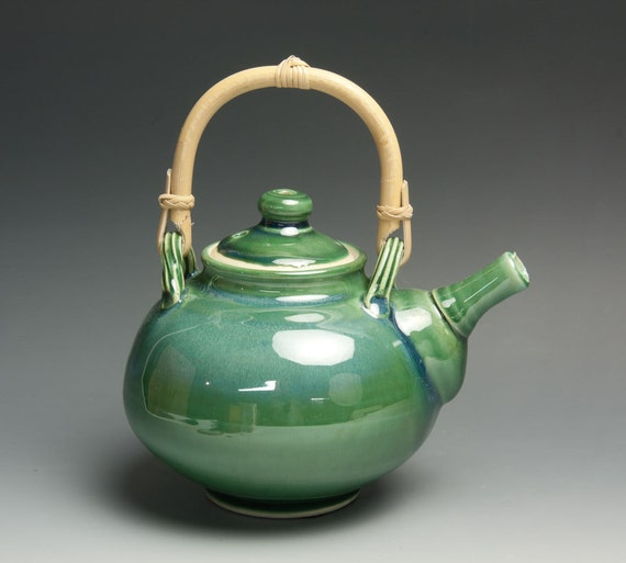 Jade green porcelain two cup plus teapot with cane handle - 412