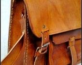 Light Brown Vegetable Tanned Leather Messenger Briefcase Laptop Satchel Cross-Body Bag  -  BBO1G
