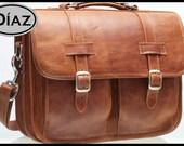 DIAZ Medium Leather Messenger Briefcase / Backpack Laptop Bag Satchel Crazy Horse Tanned Brown - (15in MacBook Pro) - HMCX