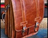Extra Large Geunine Leather Messenger Satchel / Backpack Laptop Bag in Crazy Horse Tanne Brown