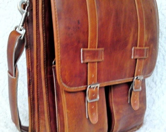 Large Leather Messenger Satchel/Backpack Laptop Briefcase in Crazy Horse Tanned Brown - (17in MacBook Pro)