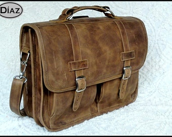 DIAZ Medium Leather Messenger Briefcase / Backpack Laptop Bag Satchel in Texas Light Brown - (15in MacBook Pro)