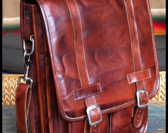 Medium Geunine Leather Messenger Satchel / Backpack Laptop Bag in Antique Light Brown - (15in MacBook Pro) - Free Shipping -