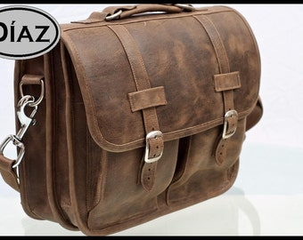 DIAZ Medium Genuine Leather Briefcase / Backpack Laptop Messenger Satchel in Texas Brown - (Fits 15in MacBook Pro)