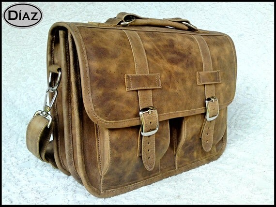 DIAZ Geunine Leather Messenger Briefcase / Backpack Laptop Bag in Texas Light Brown - Small (13in MacBook Pro / Air)