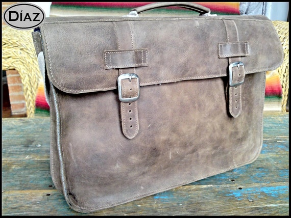 Small Leather Portfolio / Laptop Bag  in Texas Brown - (13in MacBook Air / Pro)