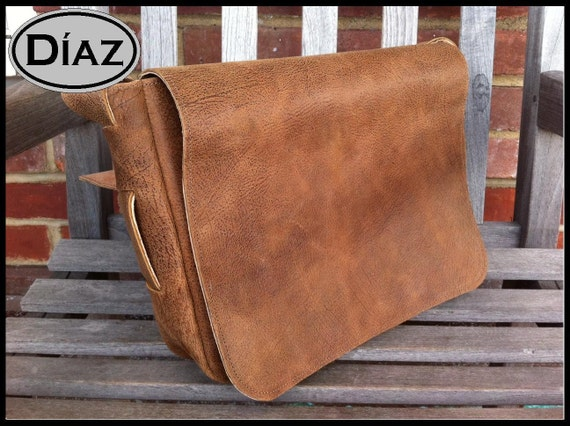 DIAZ Small Genuine Leather Cross body / Shoulder Messenger Bag / Satchel in Texas Light Brown Leather